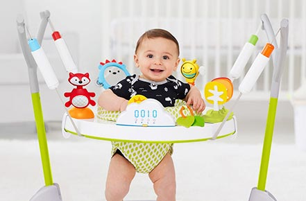 What is the Correct Time for Your Baby to Use a Jumper?